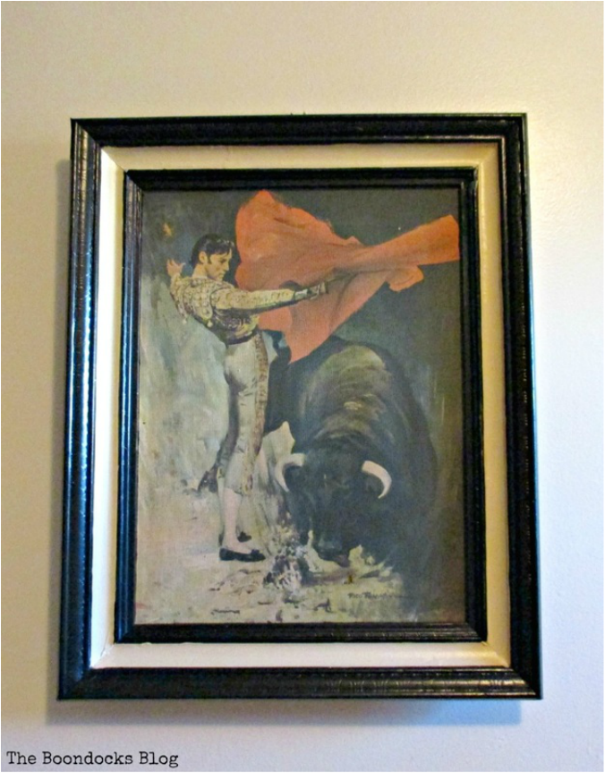 Matador picture on wall, The power of paint - www.theboondocksblog.com