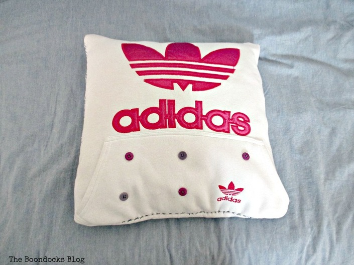 The bottom pocket of the sweatshirt, A special Pillow for a friend - www.theboondocksblog.com