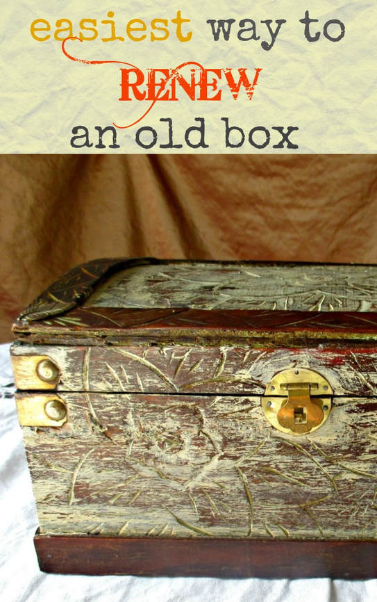 The easiest way to Upcycle or renew a wooden box with paint Thinking outside of the Box www.theboondocksblog.com