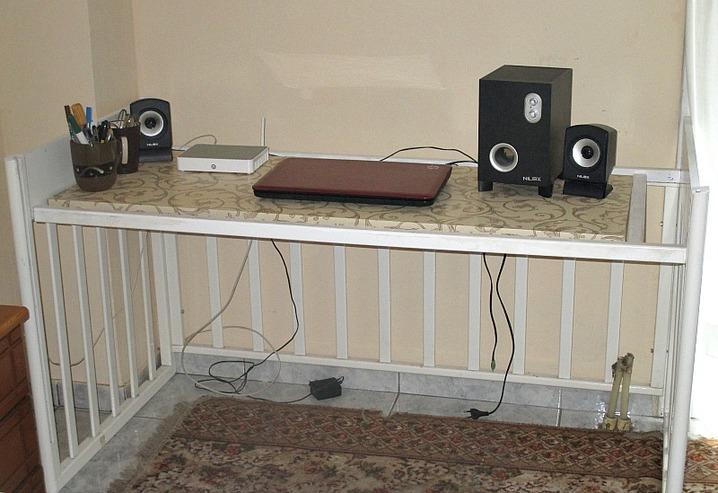 Finished desk,  From Crib to Desk  www.theboondocksblog.com