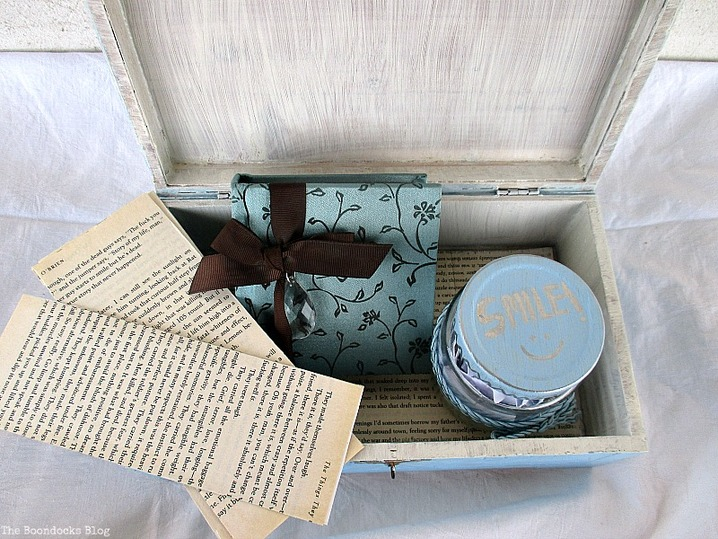 Bookmarks, a memo pad and an inspirational jar,  A Gift Box from the Heart www.theboondocksblog.com