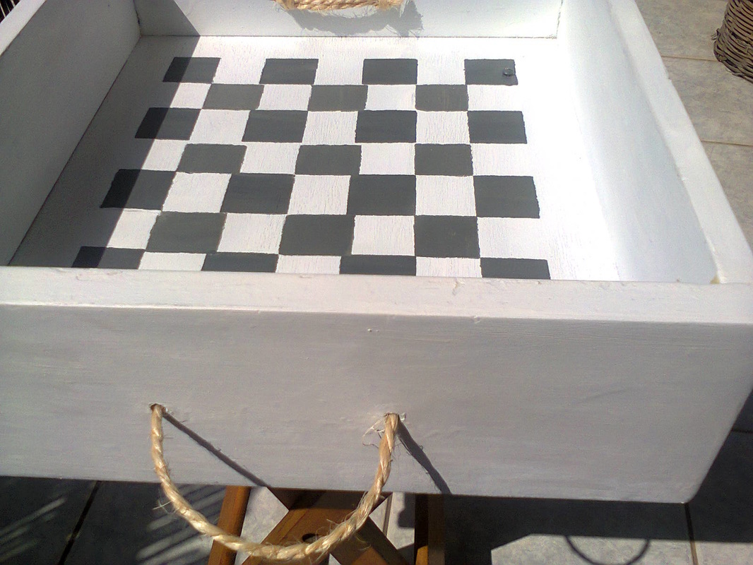 painted checker design on drawer, Pieces of a table, www.theboondocksblog.com