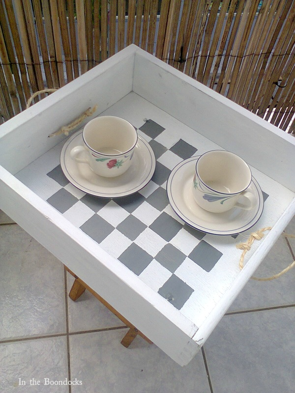 Drawer and stool repurposed into checkered table, #DIYfurniture #repurposeddrawer #repurposedstool #checkerdesigntable #easyfurniture Pieces of a table, www.theboondocksblog.com