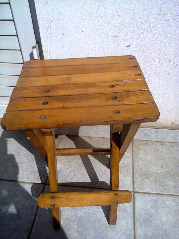 Cleaned wood stool, Pieces of a table, www.theboondocksblog.com