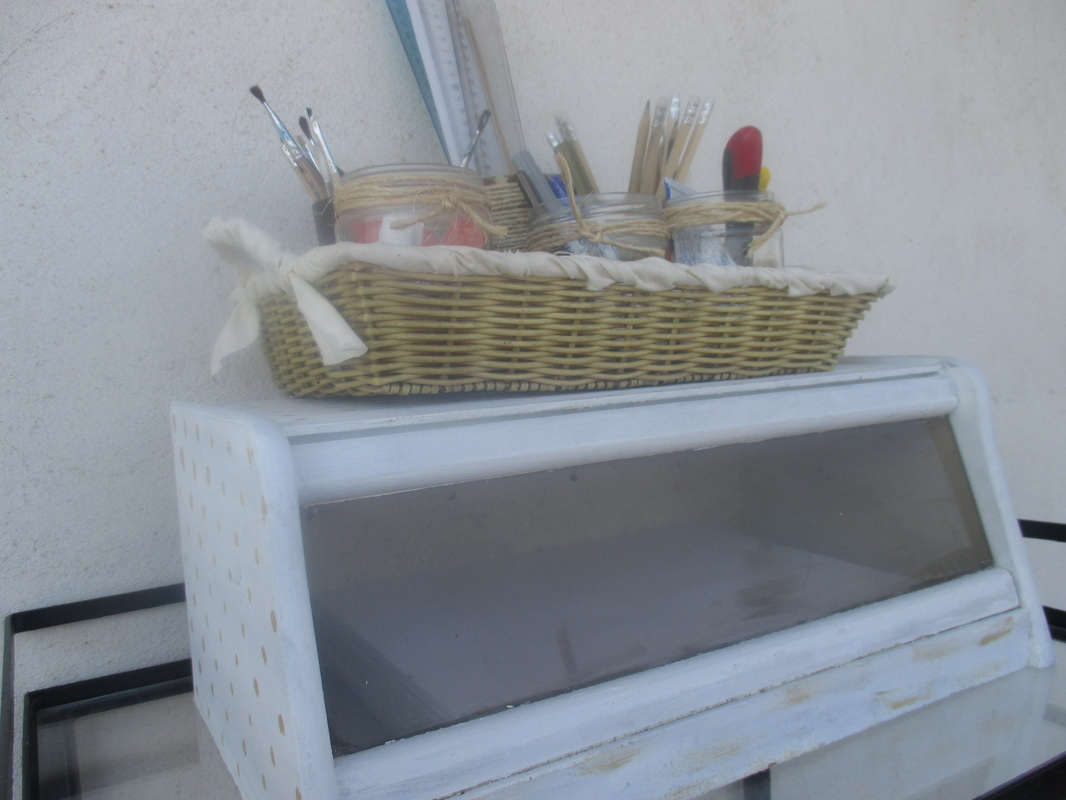bread box with basket on top, New Tenant for the bread box, www.theboondocksblog.com