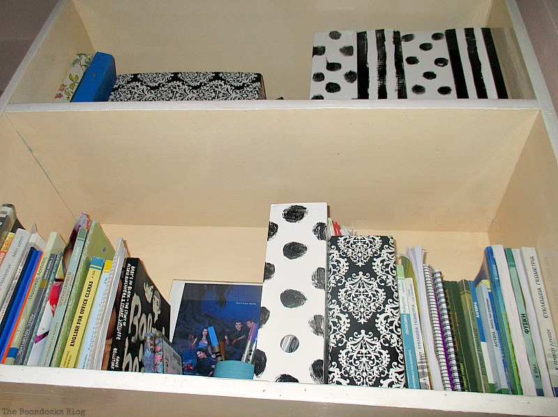 Bookcase, Black and White Bookcase www.theboondocksblog.com