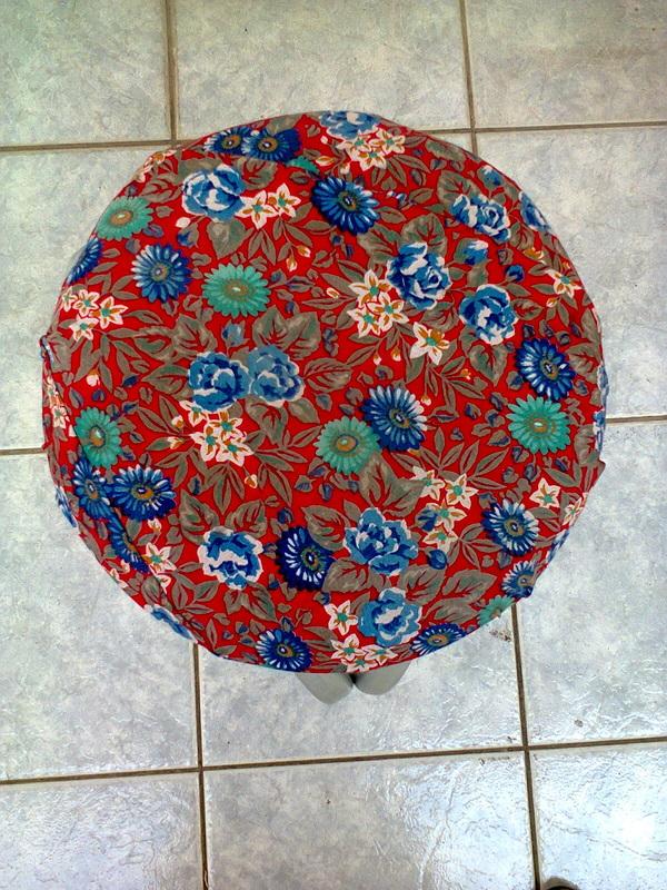 Top of seat, The Red Waterproof Stool www.theboondocksblog.com