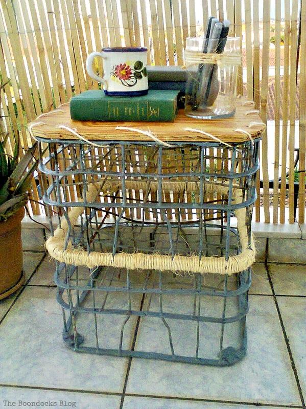 Outdoor table, Metal Milk Storage Crates www.theboondocksblog.com