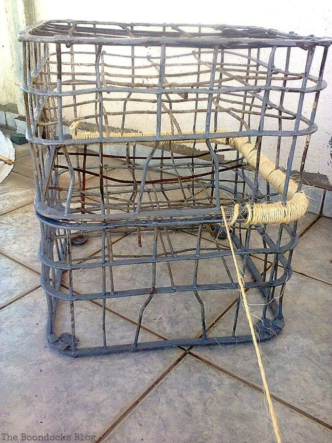 Using twine to attach crates together. Metal Milk Storage Crates www.theboondocksblog.com