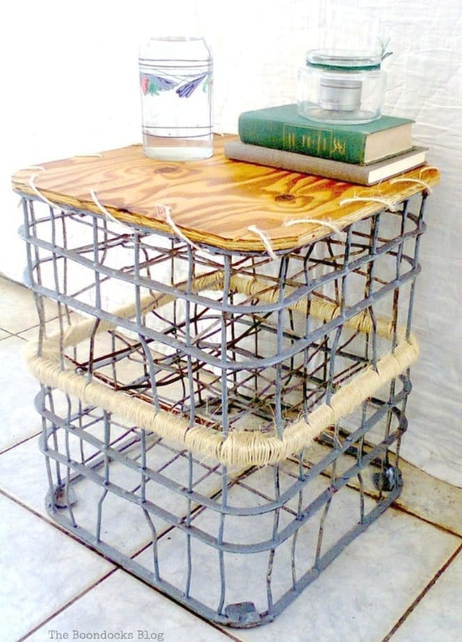 using crates to make an outdoor table, Metal Milk Storage Crates www.theboondocksblog.com