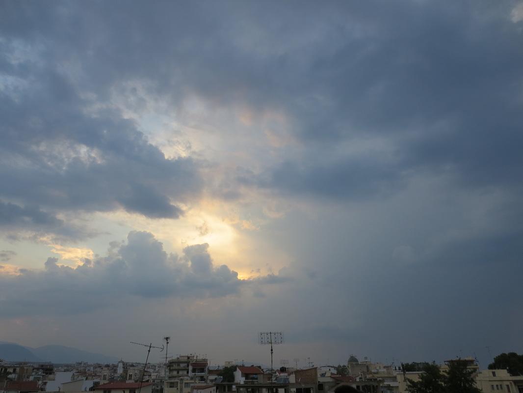 sun peeking out, Zeuses Wrath www.theboondocksblog.com