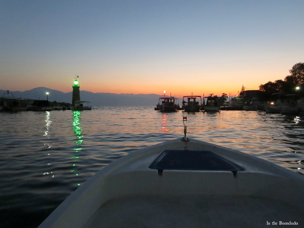 Photo essay of boat ride at sunrise, leaving the marina - Magic in the Morning www.theboondocksblog.com