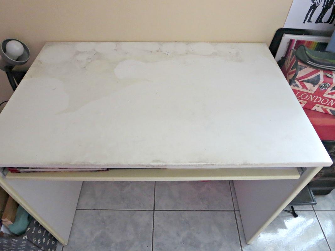 Before picture ikea desk, The Anglophile desk, www.theboondocksblog.com