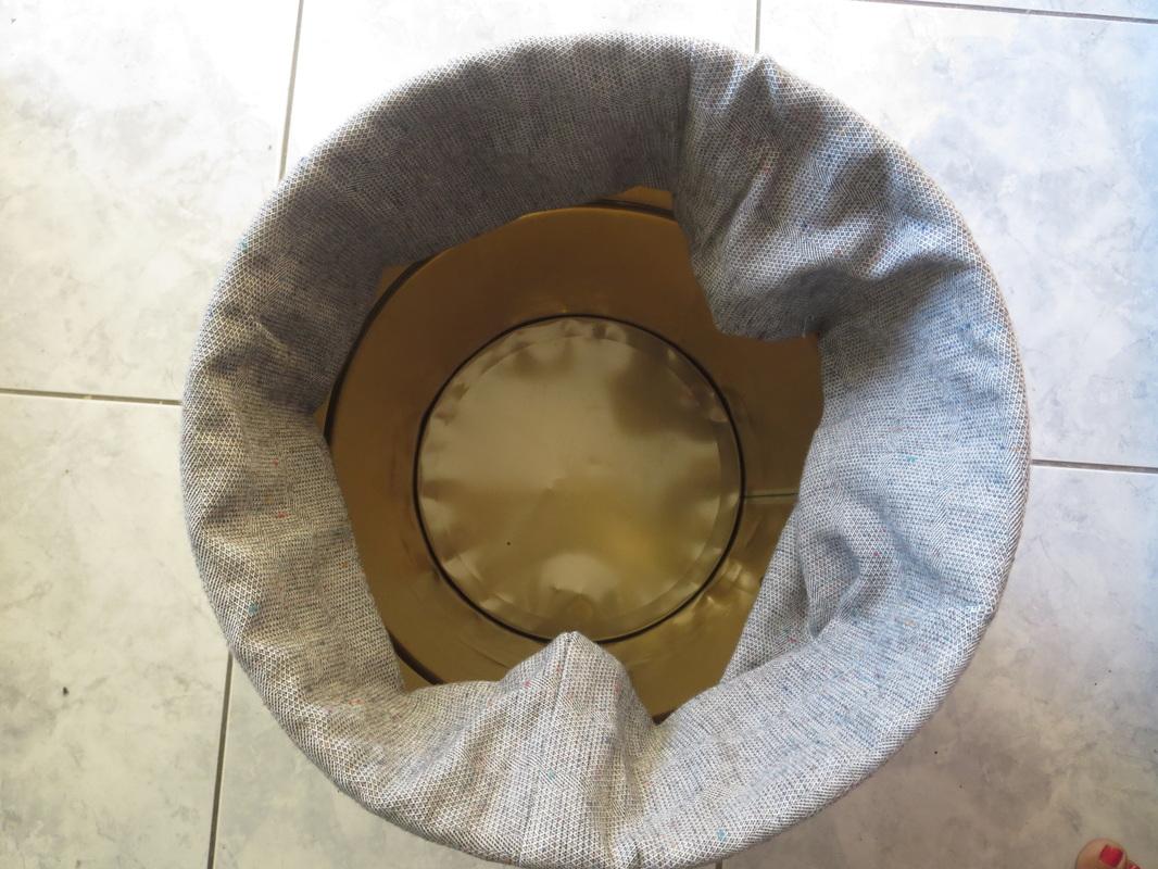 top view, Tweety's Storage Stool www.theboondocksblog.com