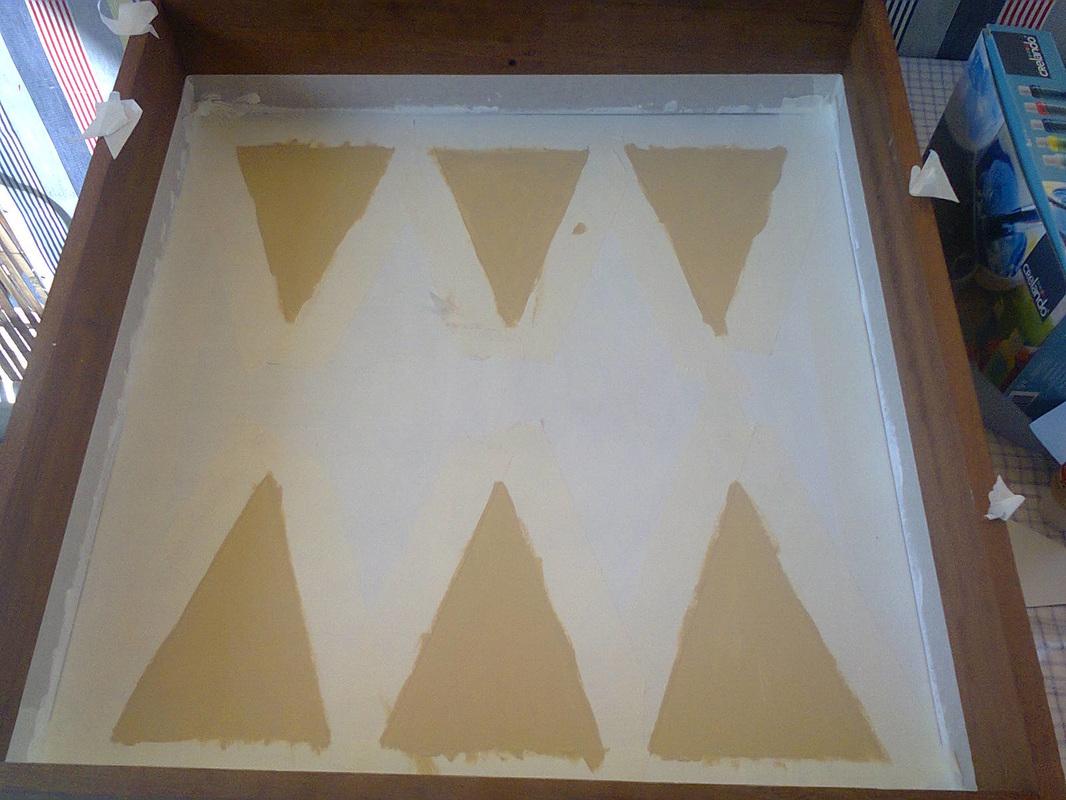 Painting the backgammon design, A Backgammon Tray www.theboondocksblog.com