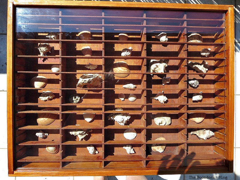with beveled glass on top, The Showcase Table www.theboondocksblog.com