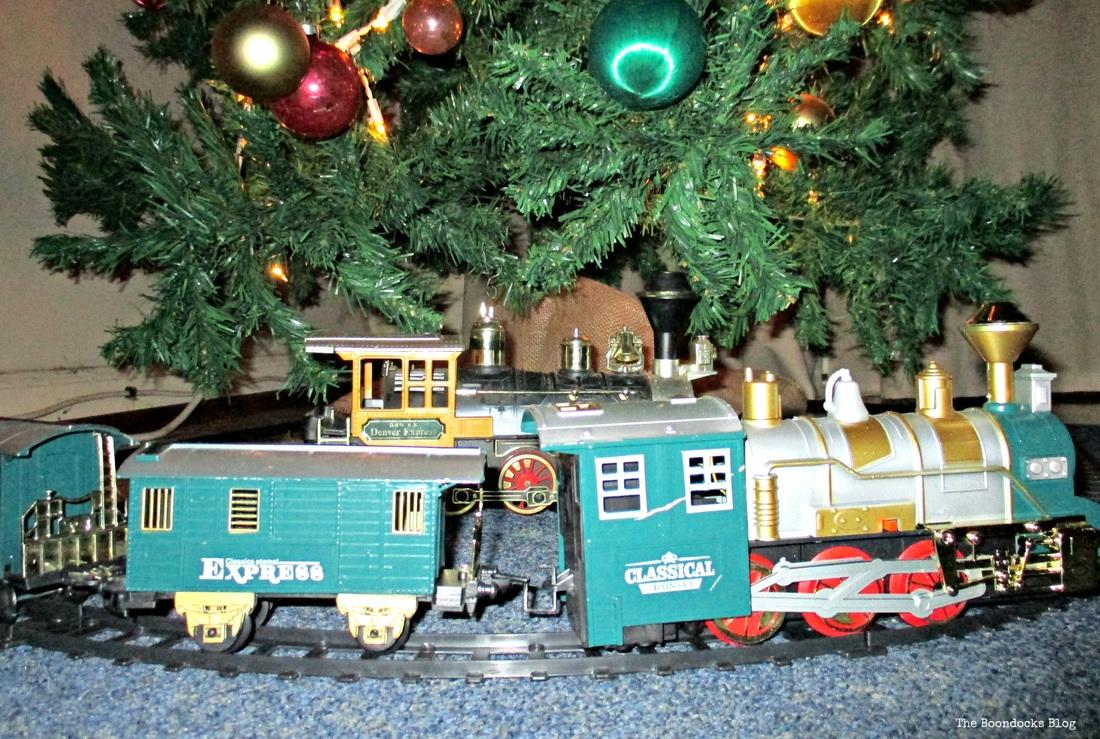 The Birds of Christmas, Train under tree - The Boondocks Blog