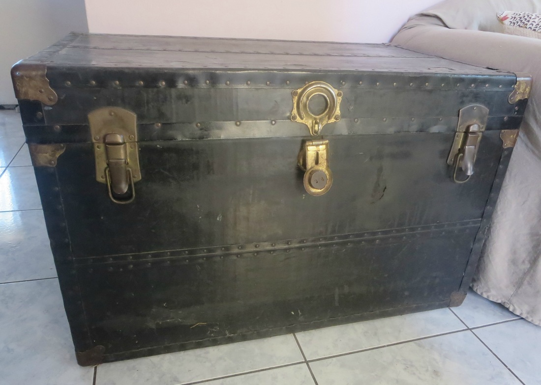 Old Trunk before, The chivalrous Trunk www.theboondocksblog.com