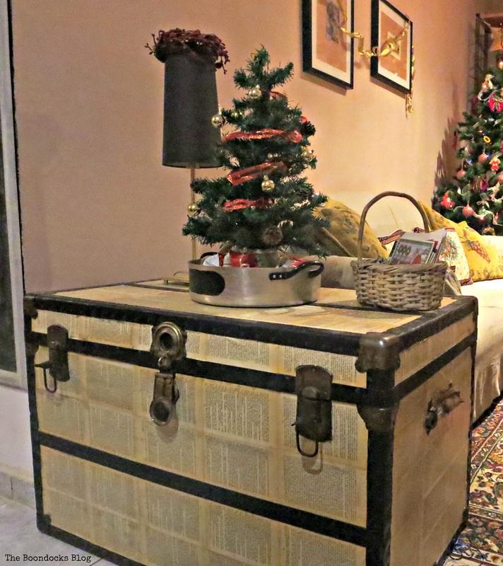 Christmas Trunk, Home for Christmas Blog Hop - The Boondocks Blog