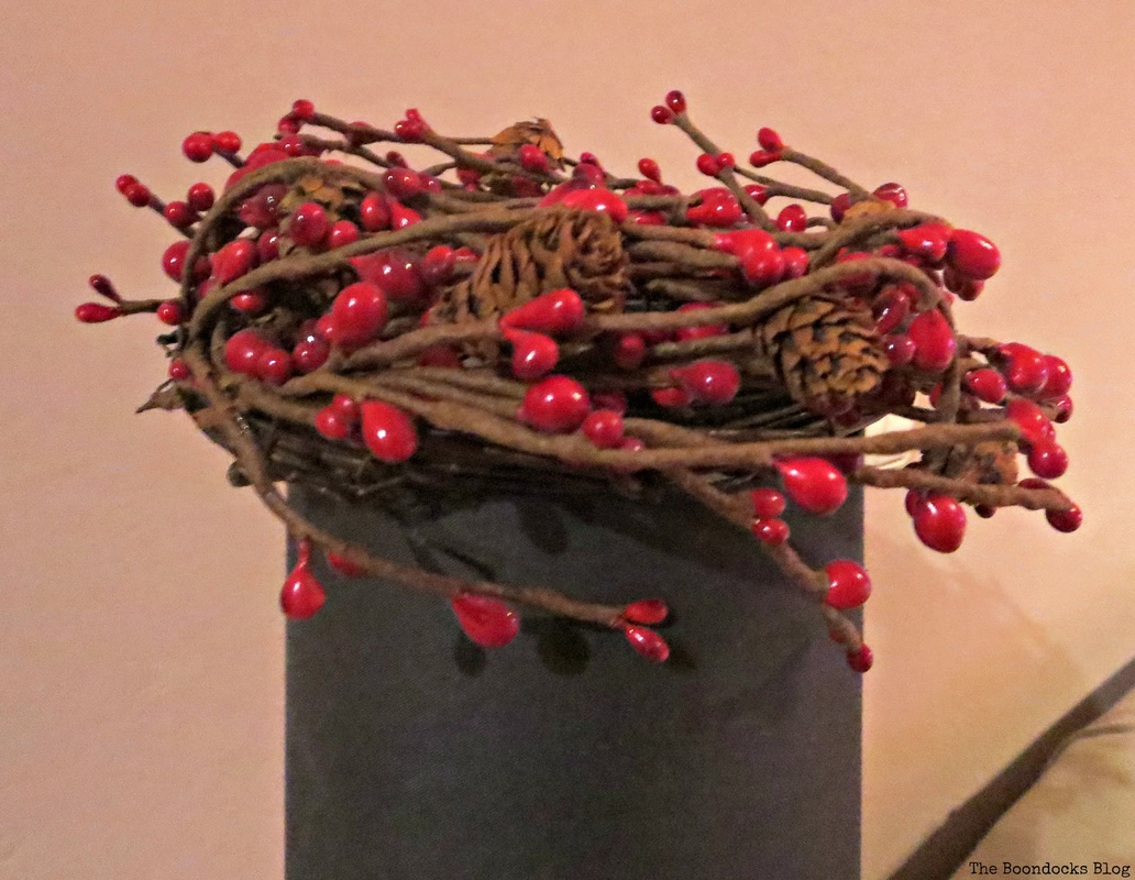 Wreath on Lamp, Home for Christmas Blog Hop - The Boondocks Blog