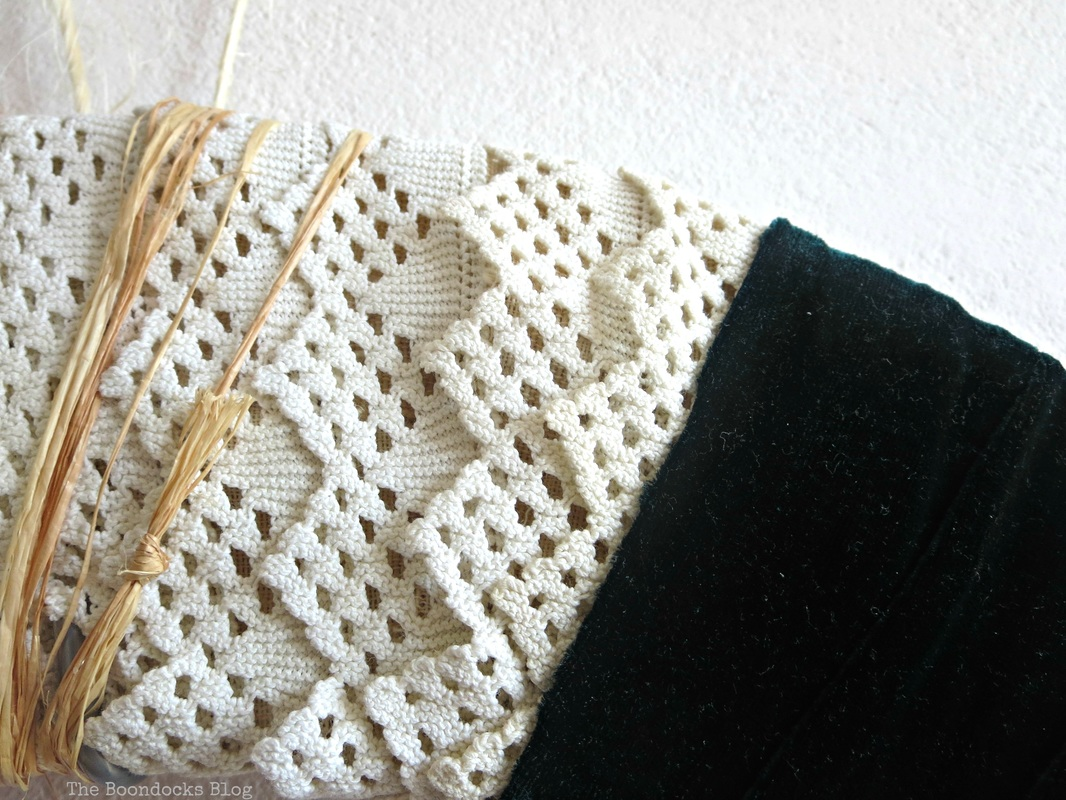 Detail of wreath with crochet border - the boondocks blog