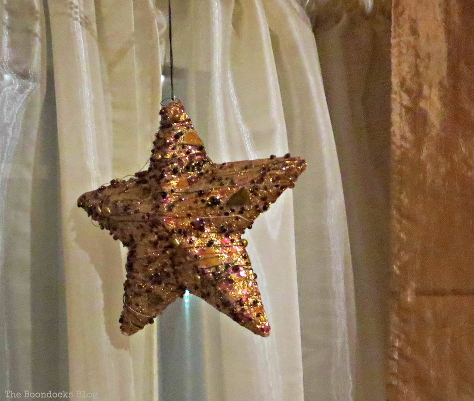 Star, Home for Christmas - the Boondocks Blog