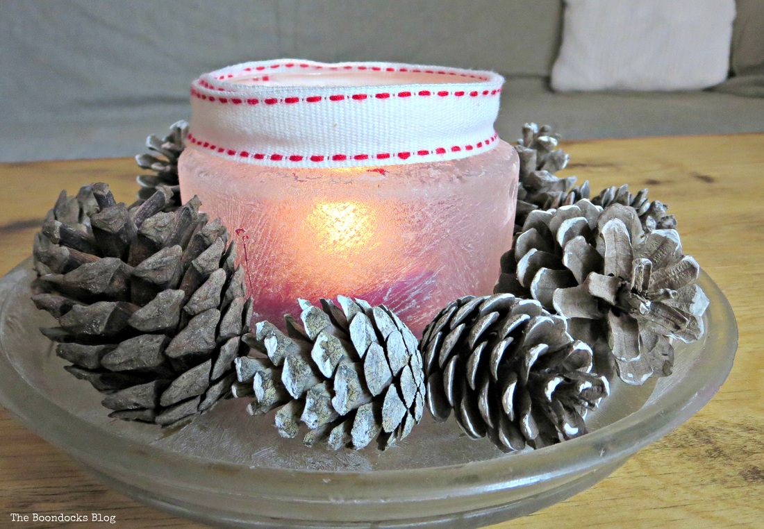 cenerpiece tea light decorated with pine cones and crystal ice spray, the snow spray that wasn't - the boondocks blog