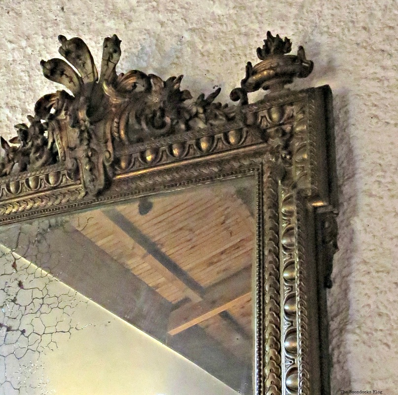 Detail of large mirror, A house full of tresures - the Boondocks blog