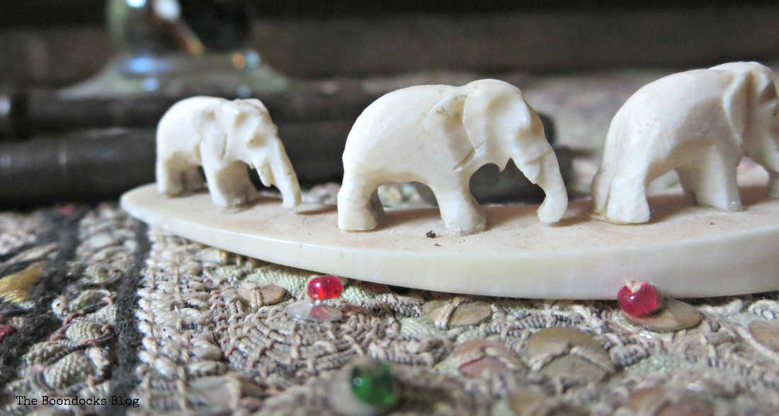 Elephants on table, A house full of treasures - the Boondocks blog