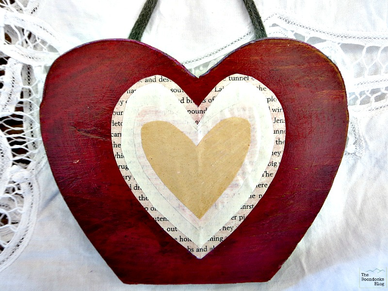 Decoupaged hearts on wood, what the heart hides - www.theboondocksblog.com