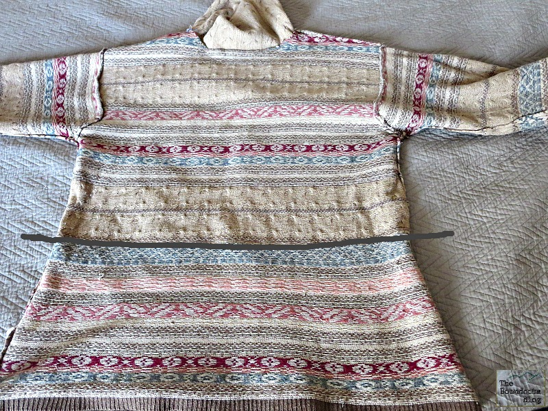 Where to sew the patterned  sweater, Sweater pillows the easy way - www.theboondocksblog.com