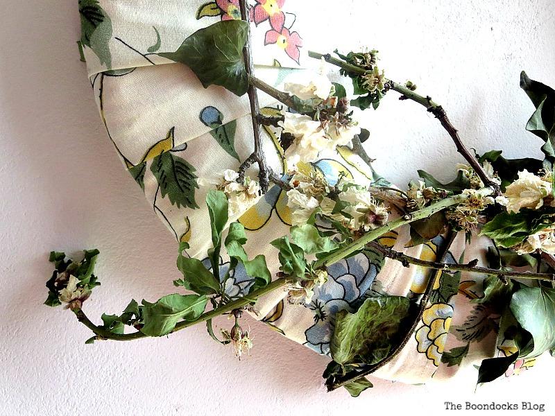 Detail of Almond flowers, DIY My Spring - www.theboondocksblog.com