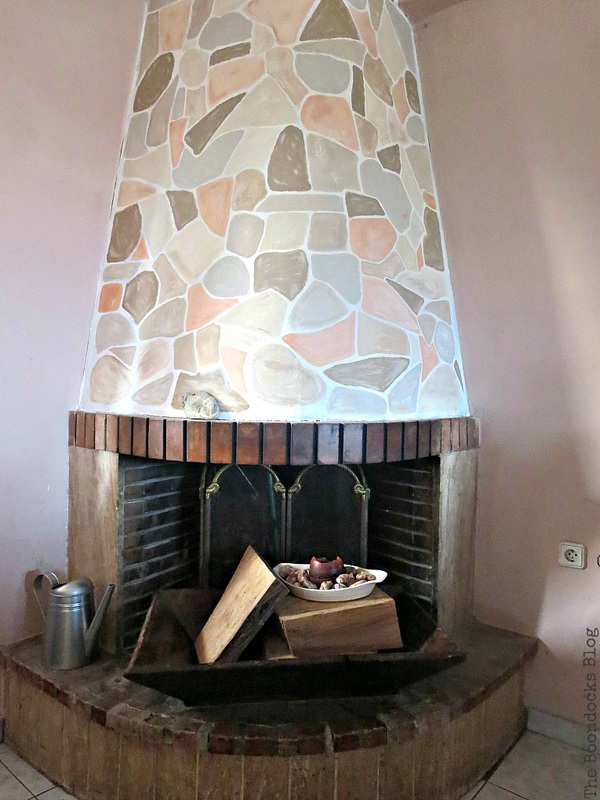 Painting the fireplace to look like stone, The Long Overdue Fireplace makeover www.theboondocksblog.com