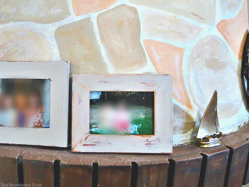 Picture Frame upcycle, The Fireplace Makeover part 2 www.theboondocksblog.com