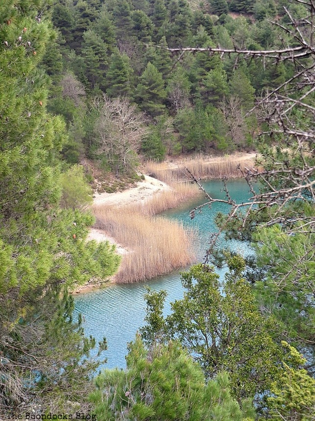 photo essay of lake in Greece, the colors of the lake, www.theboondocksblog.com