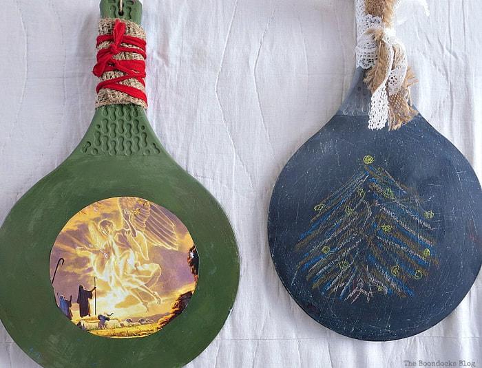 2 repurposed rackets, Christmas in July - Repurposed Barbie Paddles www.theboondocksblog.com