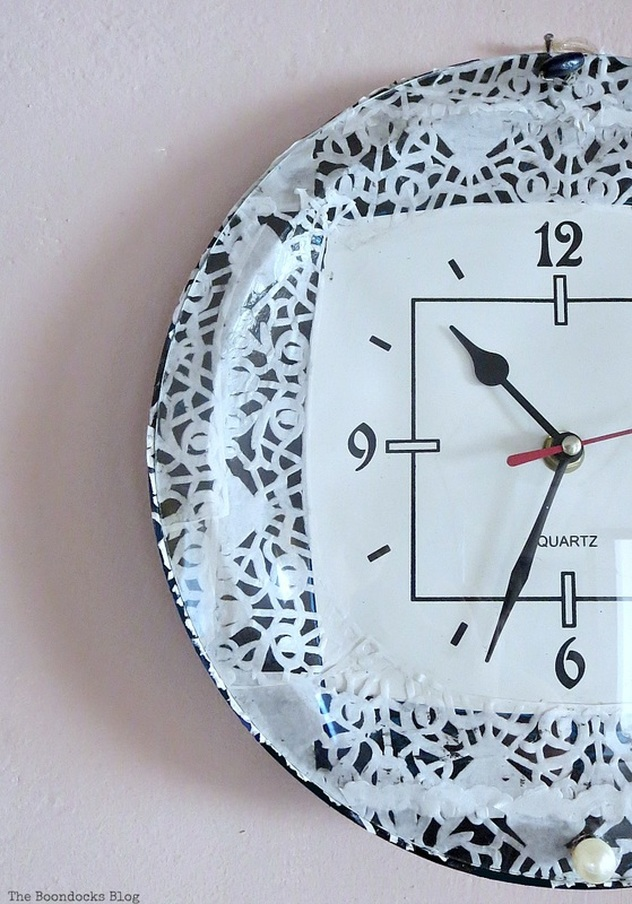 A decoupaged clock, Five Minutes to a Pretty Clock www.theboondocksblog.com