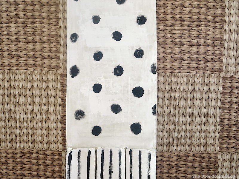 Adding dots and stripes, How to make a back to school hanging organizer, Back to School blog Hop www.theboondocksblog.com
