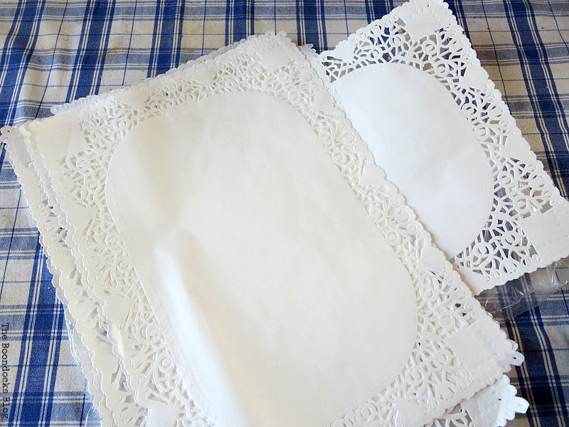 Paper doilies, The Doily Top Side Table www.theboondocksblog.com