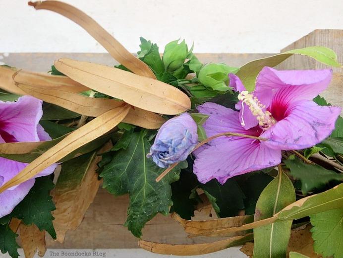 Add hibiscus, Easy Fall Wreath Int'l Bloggers Club www.theboondocksblog.com