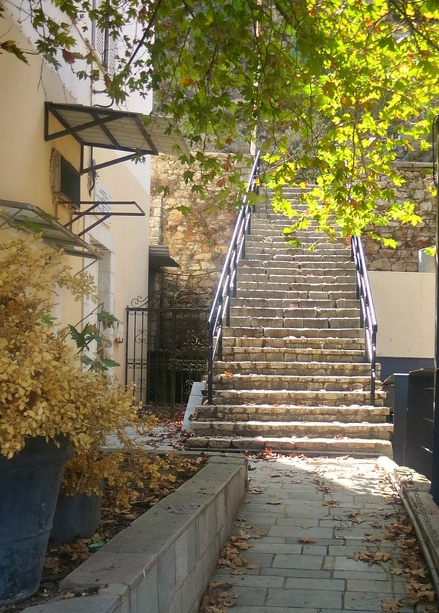 Stone stairs leading to the town, A Stroll thru the Town Waterfront www.theboondocksblog.com