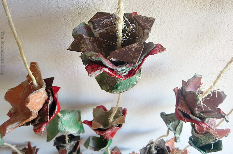 Flower vine, How to Make Easy Fall Flowers using Egg Cartons www.theboondocksblog.com