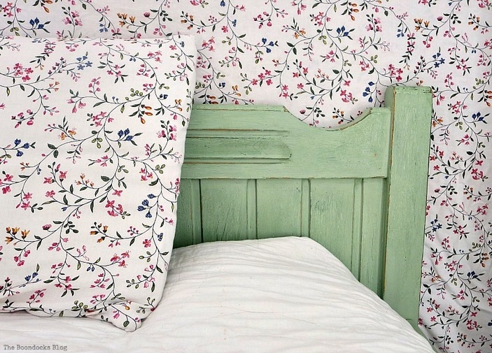 Detail of headboard, How to Makeover an Old Wooden Bed Frame www.theboondocksblog.com