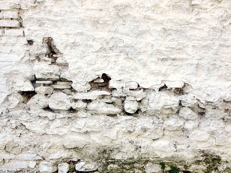 Detail of wall, Old Stone Buildings on the Waterfront www.theboondocksblog.com