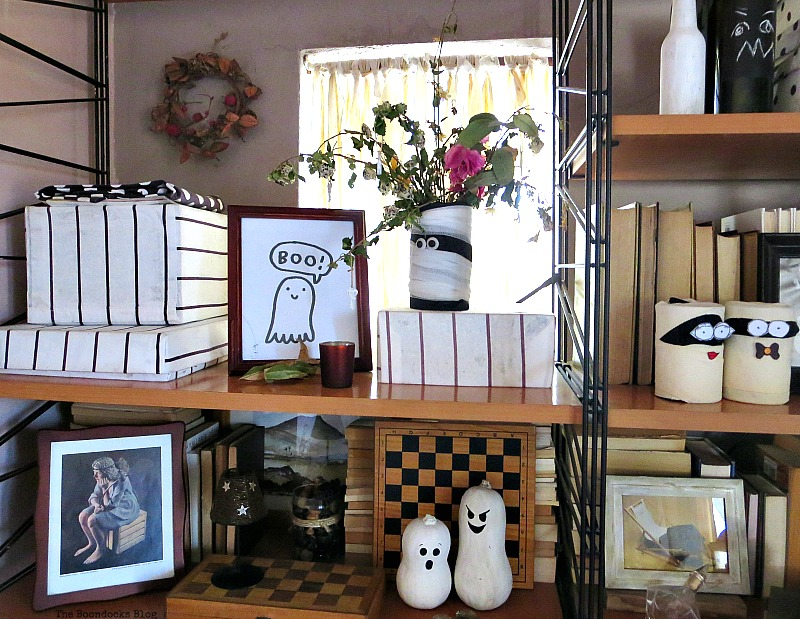 A framed boo, Halloween Wall Unit Decor www.theboondocksblog.com