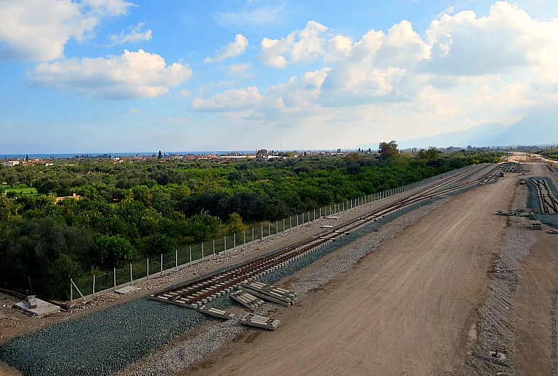 Railroad tracks, The View from the Railroad Overpass www.theboondocksblog.com