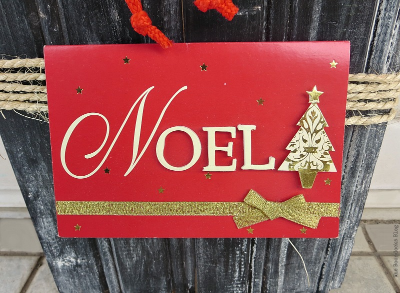 Noel Christmas Card, A Display for Christmas Cards and Ornaments www.theboondocksblog.com