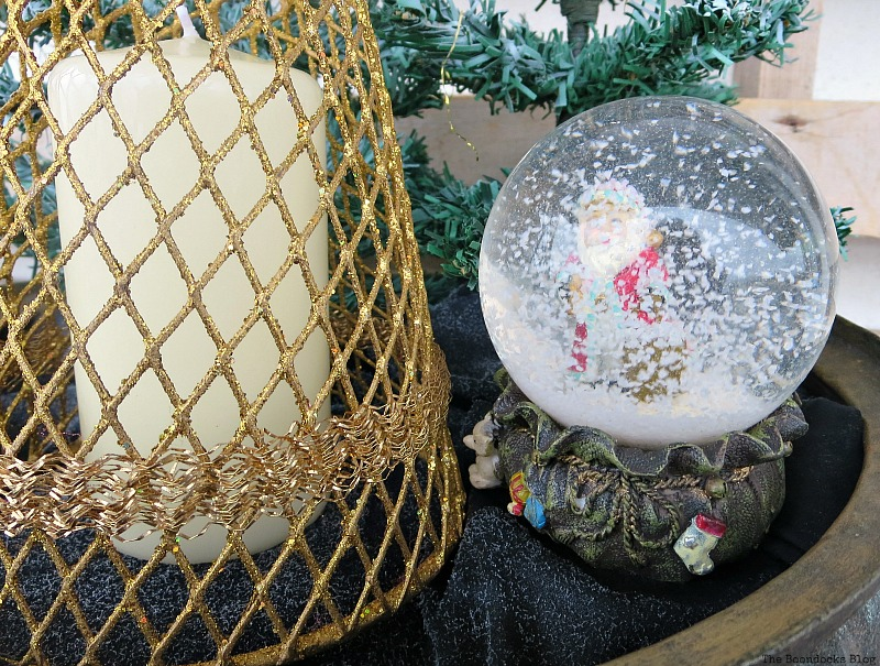 Santa's snow globe, A repurposed Antique Cauldron for Christmas theboondocksblog