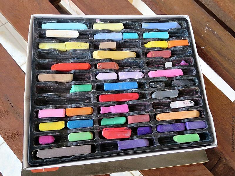 My chalkbox, Easy Chalkboard signs for the Holidays www.theboondocksblog.com