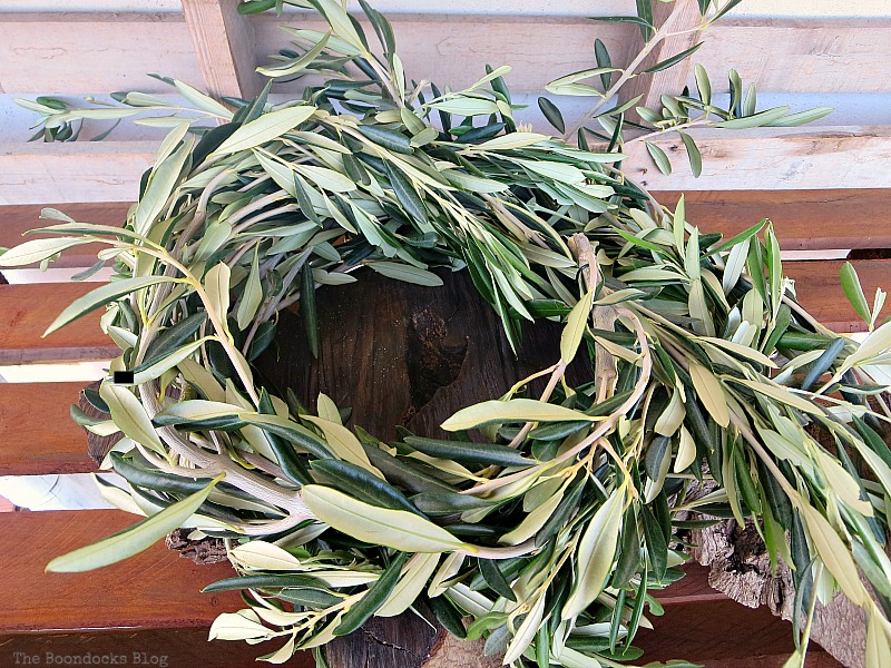 Olive branches shaped into circle, Natural Thanksgiving Centerpieces, Thankful at Home www.theboondocksblog.com